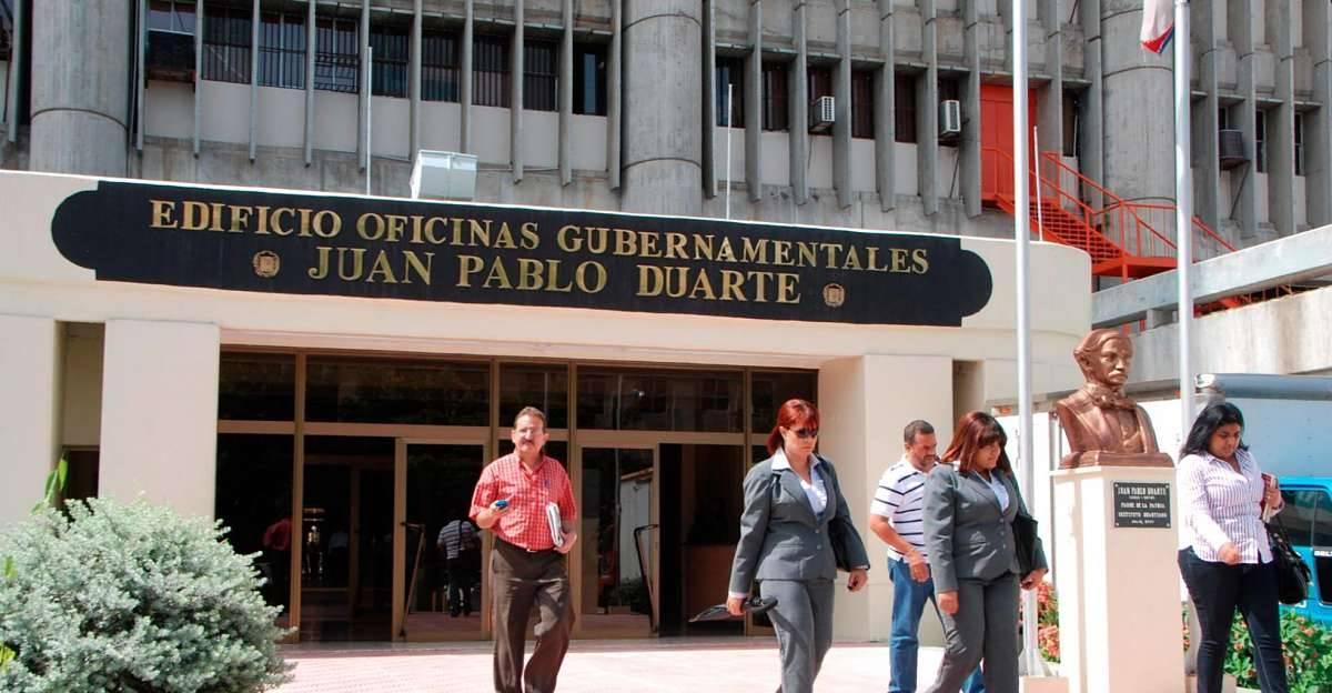 Fachada Edificio Oficinas Gubernamentales Juan Pablo Duarte