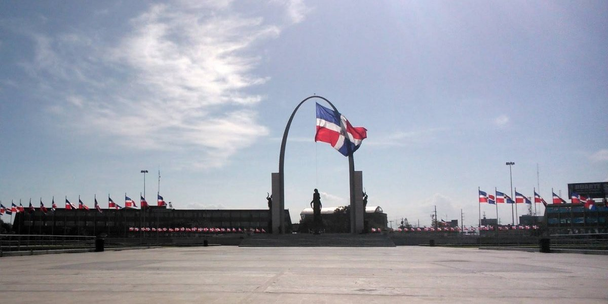 Convocan a protesta en la Plaza de la Bandera (República Dominicana)